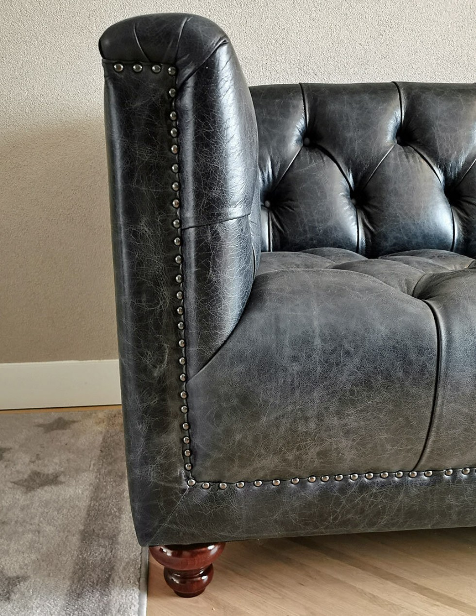 Kodu: 10607 - Vintage Chesterfield